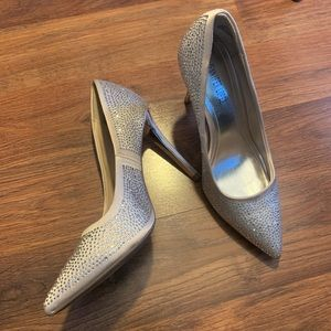Jennifer Lopez Heels womens 6 m sparkle shoes